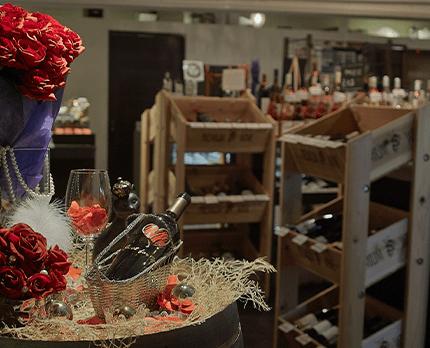 ワインの品揃えは系列店随一